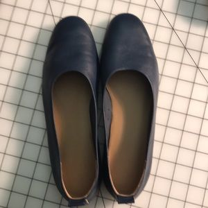 Everlane  Day Glove Women's Navy Flats. Size 10